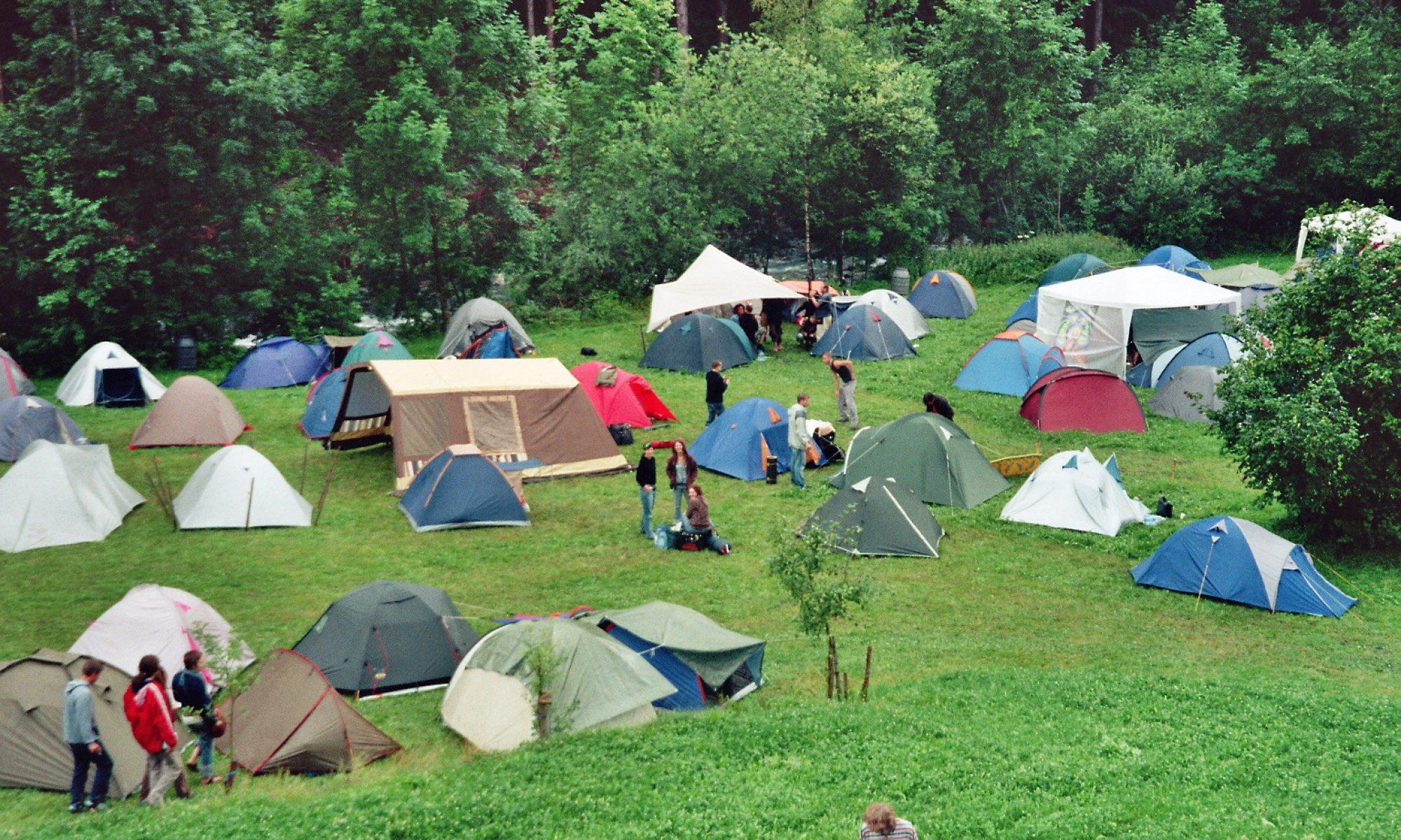 Bouwdorp: camping Brakkenstein